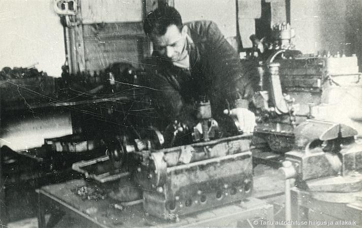 GAZ-MM mootori kapitaalremont individuaalmeetodil Riia tn mootoriosakonnas 1950ndate alguses. Foto: Tehase arhiiv