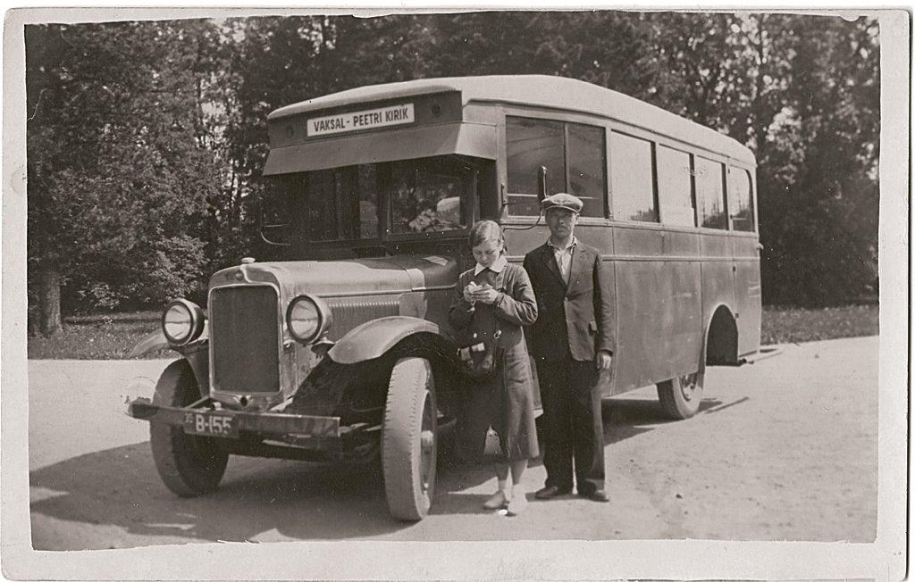 August Koogi autobuss 1935. aastal, buss Graham-Brothers 1928. a mudel, reg numbriga B-155. Foto: Andrus Rüütli kogust