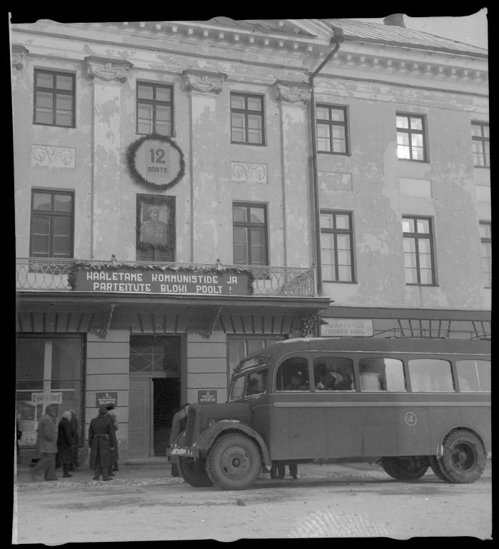 Endine TÜ Rooli Mercedes-Benz autobuss Tartu ATB 4 embleemiga, 1950. Foto: Leopold Matt, ERM Fk 2994:1426