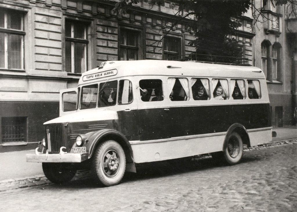 Autobuss TA-1A valmistatud Tartu Riiklikule Ülikoolile, kapitaalremondi käigus ümber ehitatud mudelist TA-1. Foto: ERM Fk 2861:293.
