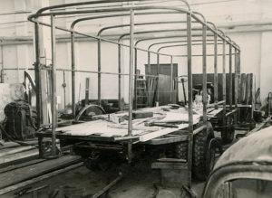 Esimese täismetallfurgooni TA-9A ehitus eksperimentaalosakonnas, 1961. a